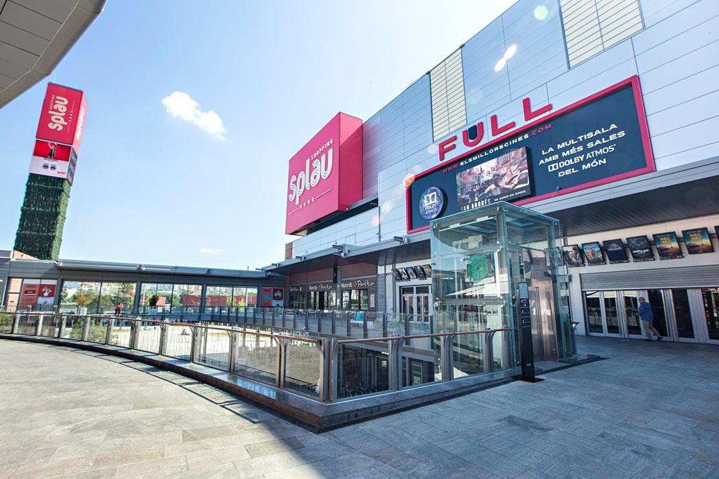 Centro Comercial Splau, en Cornellá de Llobregat, Barcelona
